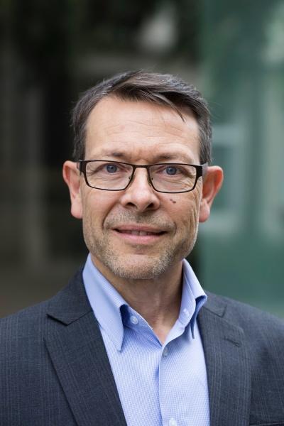 Marc de Neuville buchhalterin.ch